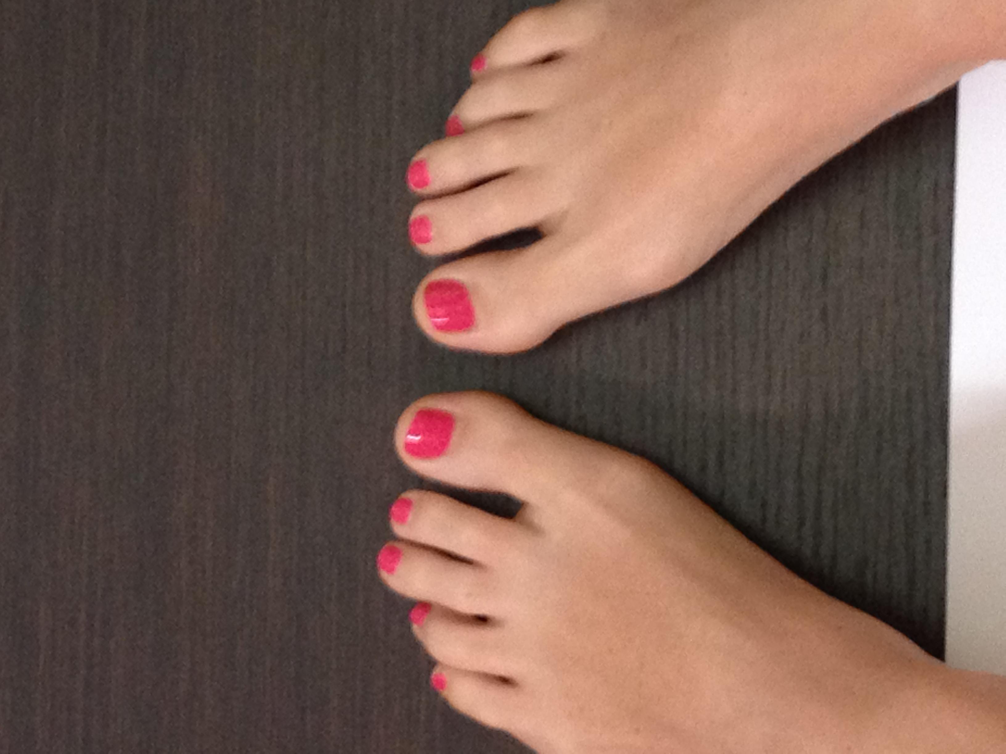 bellissimo anche sulle unghie dei piedi