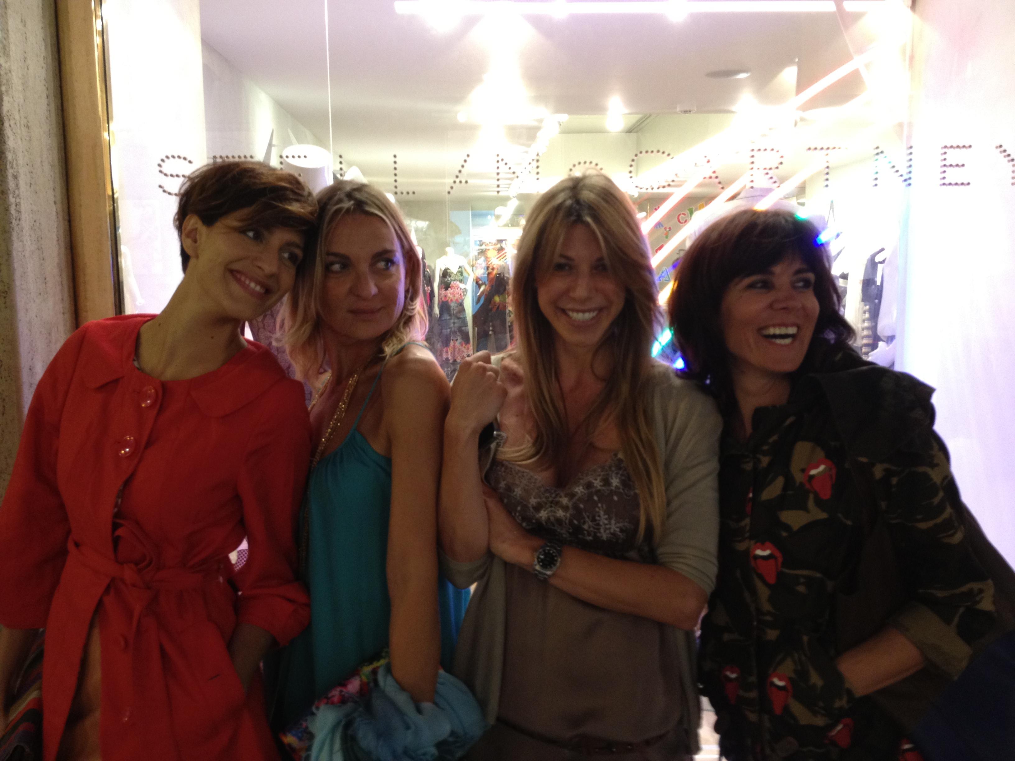 Giulia,Claudia, Gaia e Cristina...che gnocche!