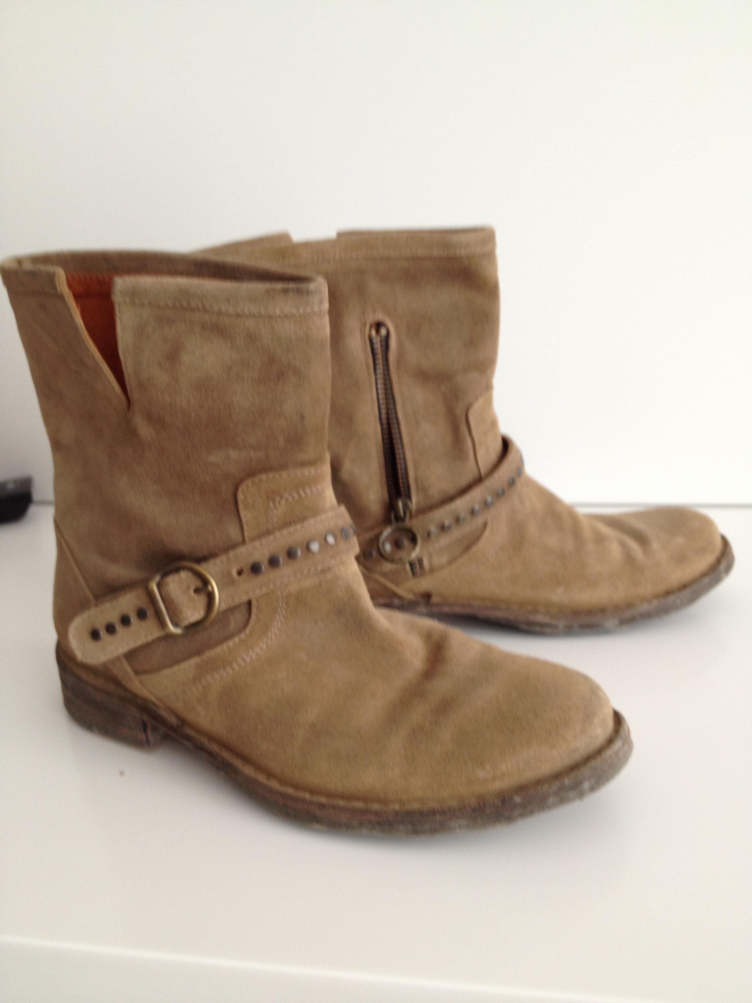 Boots: Florentini Baker
