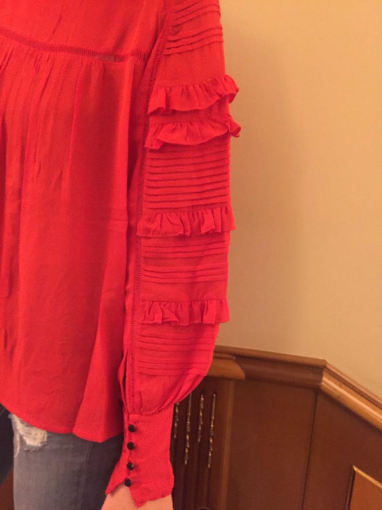 alessia-marcuzzi-camicia-rossa-milano