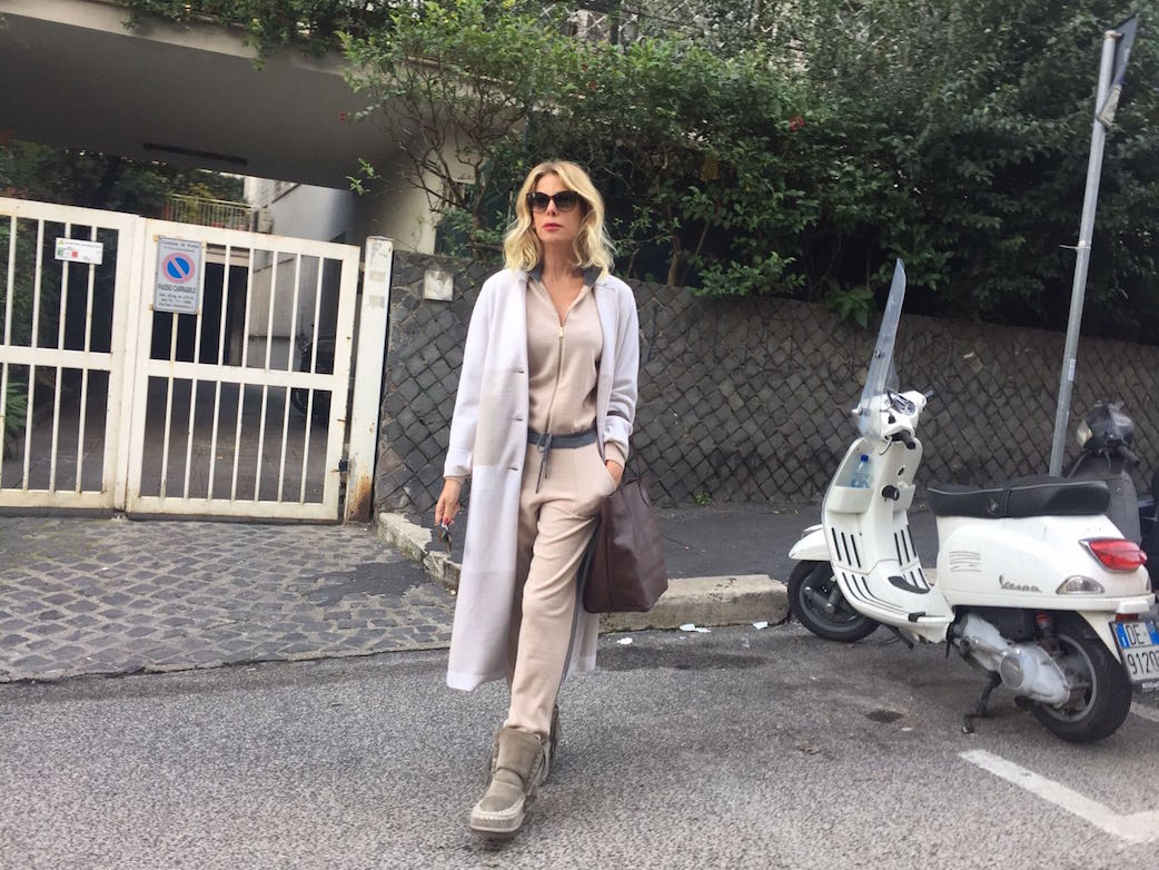 alessia-marcuzzi-falconeri-tuta-blackfriday2